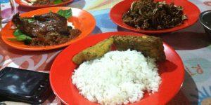 Tempat Makan Menu Bebek Bandung
